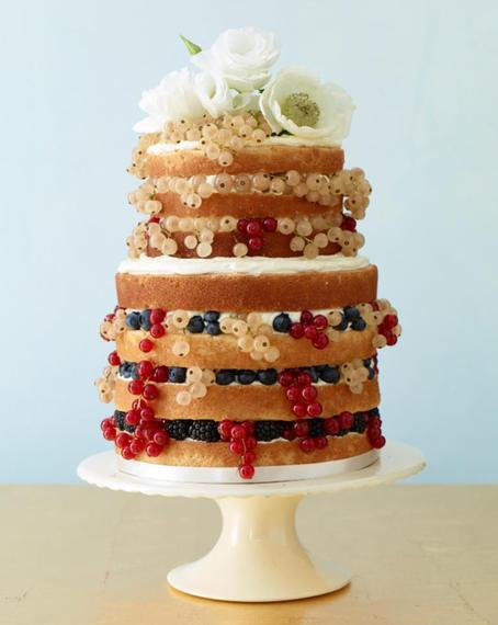 torta-za-vjencanje-vocna-bobice